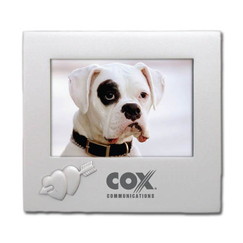 2 3/4″ x 2 1/2″ Miniature Heart Picture Frame DSK3013